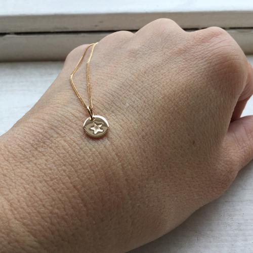guld berlocker till halsband